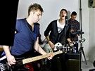 Kapela L.A. při natáčení videoklipu Jsi - (zleva) baskytarista Jaroslav Štrunc,