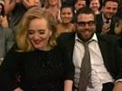 Adele a jej� p��tel Simon Konecki na p�ed�v�n� cen Grammy