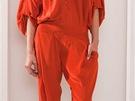 Oranžové kalhoty volného střihu z předjarní kolekce zn. Barbara Bui