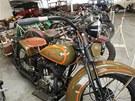Motocykl Harley Davidson v muzeu podnikatele a sběratele Ladislava Samohýla.