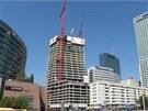 Stavební firma postavila již 27 pater. Mrakodrap jich bude mít celkem padesát