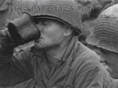 Příslušníci amerických jednotek byli útokem často zaskočeni u snídaně