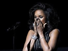 Grammy 2012 -  Jennifer Hudsonová zazpívala hit zesnulé kolegyně Whitney
