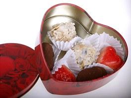 Srdce plné čokoládových pralinek nejen na Valentýna