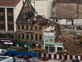Pohled na demolici v centru Teplic kvůli stavbě obchodního centra v Teplicích.