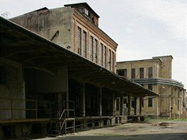 Většina budov v areálu MILO pocházela ze dvacátých a třicátých let.