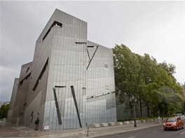Slavné stavby architekta Daniela Libeskinda. Berlínské Židovské muzeum