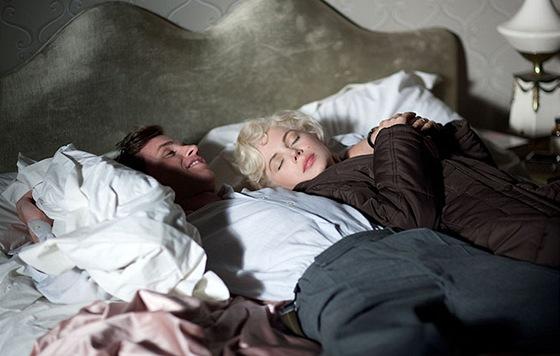 Z filmu Můj týden s Marilyn, Eddie Redmayne a Michelle Williamsová