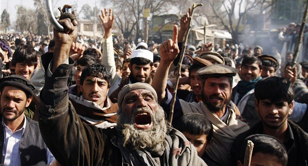 Protesty proti spálení koránu americkými jednotkami v Afghánistánu (23. února