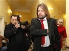Ji�� Pomeje p�ich�z� k Obvodn�mu soudu pro Prahu 2. (28. �nora 2012)