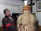 Jiří Halouzka ve své Pradědově galerii v Jiříkově na Bruntálsku.  (22. února