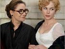 Michelle Williamsová a Zoë Wanamakerová ve filmu Můj týden s Marylin