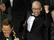 A takhle oslavují Oscara za adaptovaný scénář k Nat Faxon a Jim Rash (snímek