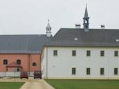 Rekonstruovaný františkánský klášter v Hostinném