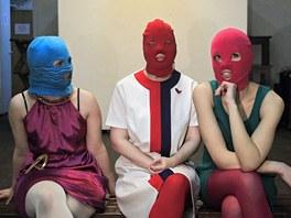 Členky ruské skupiny Pussy Riot ve zkušebně