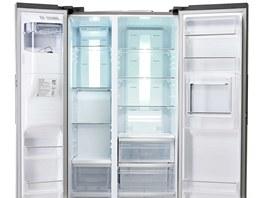 Chladnička HM12 je první americký typ chladničky, jenž se vyrábí ve výrobním