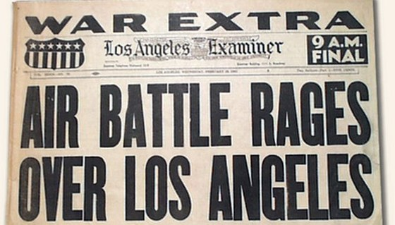Los Angeles Examiner p�inesl speci�ln� vyd�n�.