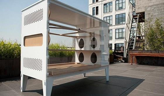 Městský domácí kurník neudělá ostudu žádné městské terase