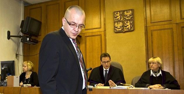 Jaroslav �kárka b�hem jednání Obvodního soudu v Praze. (8. b�ezna 2012)