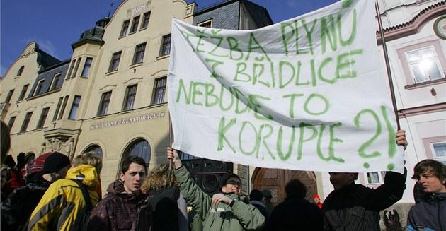 Protest proti t�b� b�idlicového plynu na Náchodsku a Trutnovsku. (Náchod, 6.