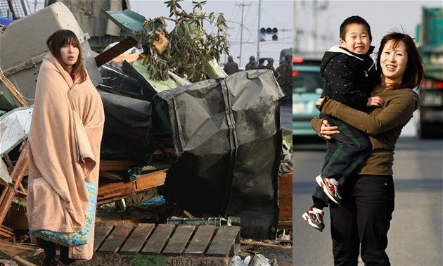 Juko Sugimotová dva dny po úderu tsunami a na stejném místě rok poté.