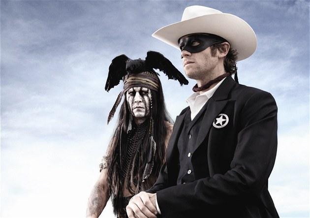 Johnny Depp (vlevo) a Armie Hammer v p�ipravovaném snímku The Lone Ranger