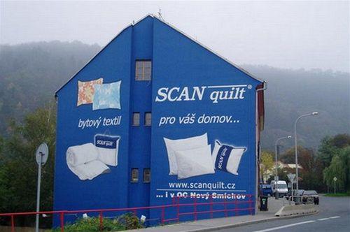 Reklama fasáda domu