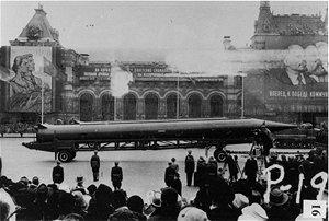 Sovětské rakety R-12 Dvina (NATO kód SS-4 Sandal) rozmístěné na Kubě během
