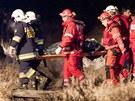 Na m�st� vlakov�ho ne�t�st� v Polsku zasahovaly stovky z�chran��� (4. b�ezna