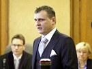 V�t B�rta p�i jedn�n� Obvodn�ho soudu pro Prahu 5. (5. b�ezna 2012)