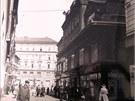 Anderův starý obchodní dům, na jehož místě dnes stojí Prior.
