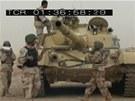 Osádka irácké T-72 při nakládání munice