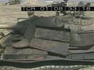 Zničený irácký tank vypálený vnitřním požárem