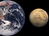 Přímé porovnání velikosti Země a Marsu