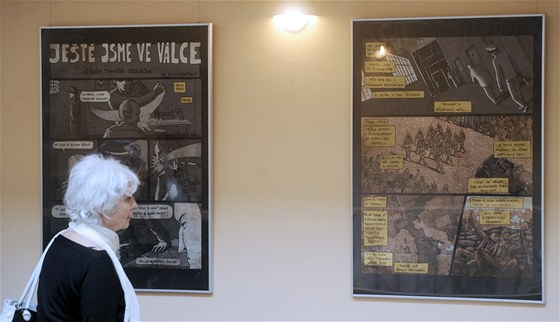 Komiksová výstava Ještě jsme ve válce byla zahájena v Poslanecké sněmovně.