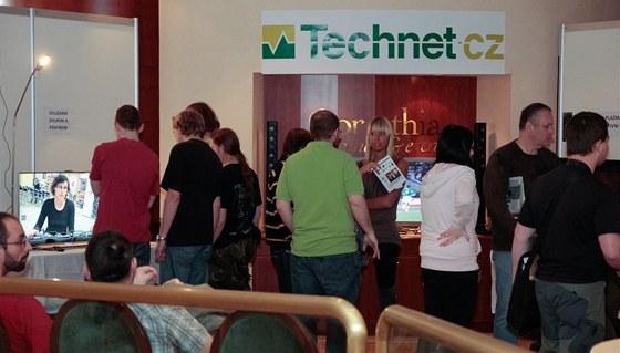 Různé typy aktivního a pasivního 3D zobrazení - Technet.cz na výstavě High End