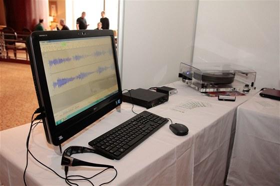 Převod desek do digitální podoby - Technet.cz na výstavě High End (Praha 2012)