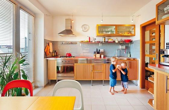 Kuchyni si navrhla investorka sama; své nápady konzultovala s bratrem pouze po