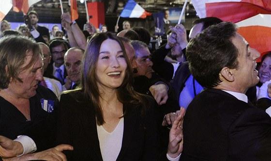 Carla Bruniov�-Sarkozyov�, Gerard Depardieu a Nicolas Sarkozy b�hem