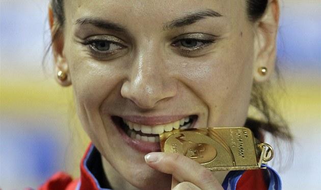 JE PRAVÁ. Ruska Jelena Isinbajevová vyhrála na halovém MS v Istanbulu svoje