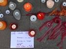 Sv��ky za mrtv� d�ti  p�ed �kolou v Lammelu (15. b�ezna 2012)