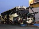 Belgick� autobus narazil zat�m z nezn�m�ch d�vod� do st�ny tunelu (14. b�ezna