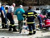 Záchrana muže, kterého v Žulové na Jesenicku přimáčkla radlice nakladače