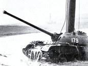 Tank T-54
