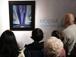 Tvar modré Františka Kupky je vystaven v ostravské Galerii výtvarného umění.
