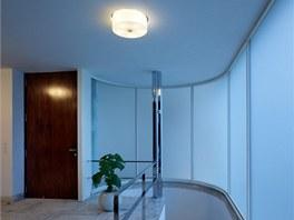 Vstupní prostory vily -  osvětlení podle fotografií vyrobila Preciosa.