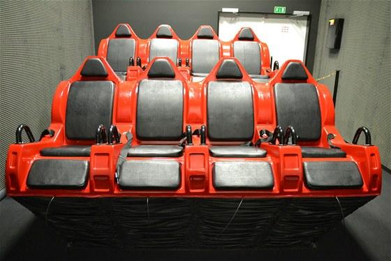 Seda�ky 5D kino Harfa