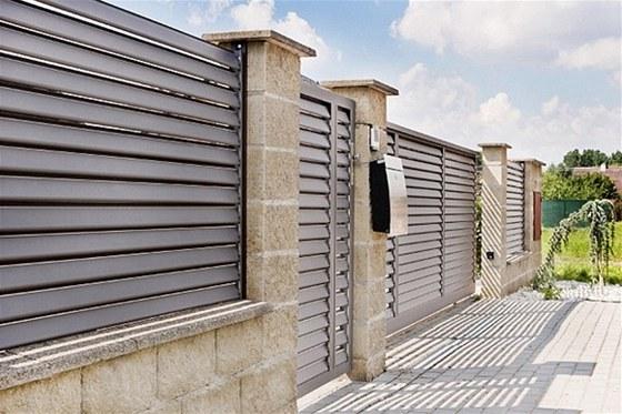 Bezúdržbové hliníkové ploty ROLUX – ploty na celý život2