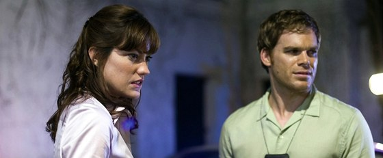 V seriálu byli jako Debra Morganová a Dexter sourozenci, v reálném životě
