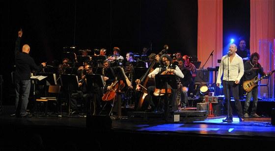 David Koller vystoupil 26. března 2012 ve Státní opeře Praha za doprovodu své